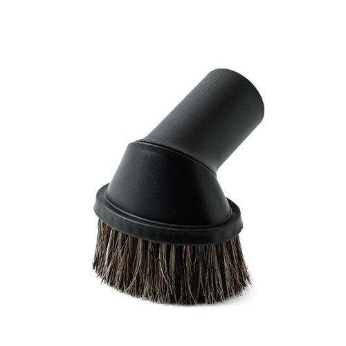 Diese Absaugbürste ist im Haushalt ein unverzichtbarer Helfer. Saugt die Polster, Möbel, Dekoartikel und vieles mehr. Eine kleine, schwarze, ovale Bürste mit mittellange Borsten.