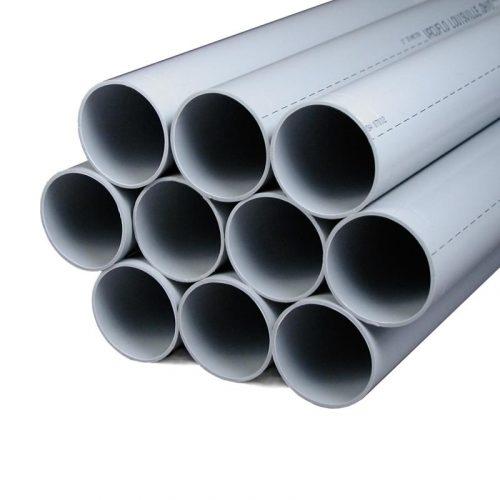 """Die Enden von weißen Rohr 1.75m -Rohre für die Schlaucheinzugssystemen """"In the Wall"""" und """"Pratico""""."""